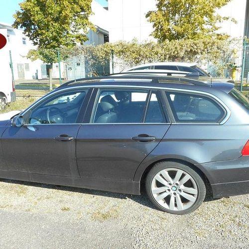 [RP][ACI]  [Réservé Professionnels] BMW 325xi Essence, imm. WW 781 AZ, n° de sé…