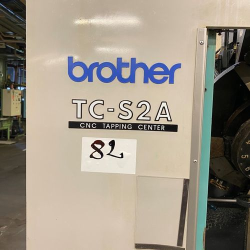 Centre d'usinage BROTHER  TC S2A  ANNEE 2001    POCHONS