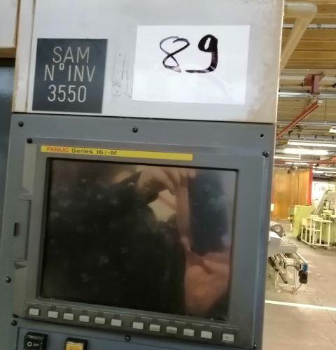 Centre d'usinage STAMA FANUC  MC 014  ANNEE 2002    POCHONS