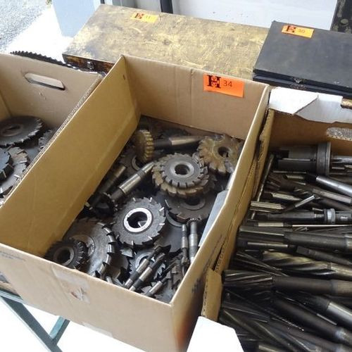 3 Boxes of which 1 box reamers 1 box milling cutters 1 box milling cutters etc.