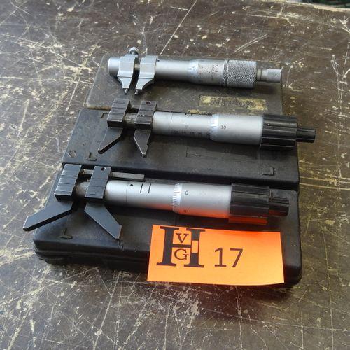 3 Internal micrometers
